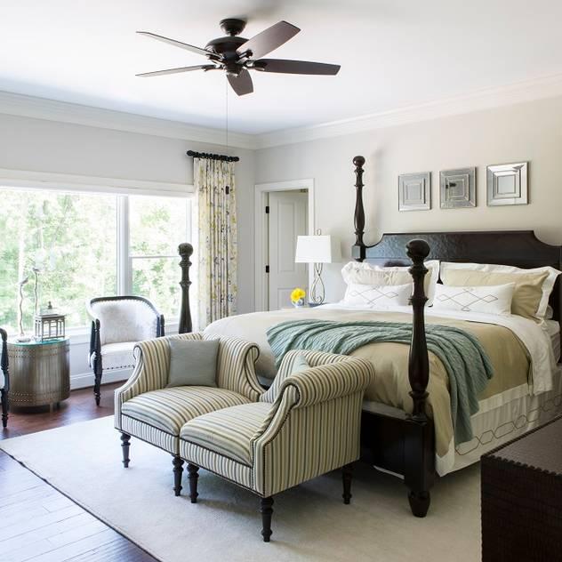Riverside Retreat - Guest Bedroom Lorna Gross Interior Design Classic style bedroom