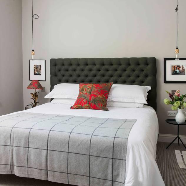 SWM Interiors & Sourcing Ltd: modern tarz Yatak Odası