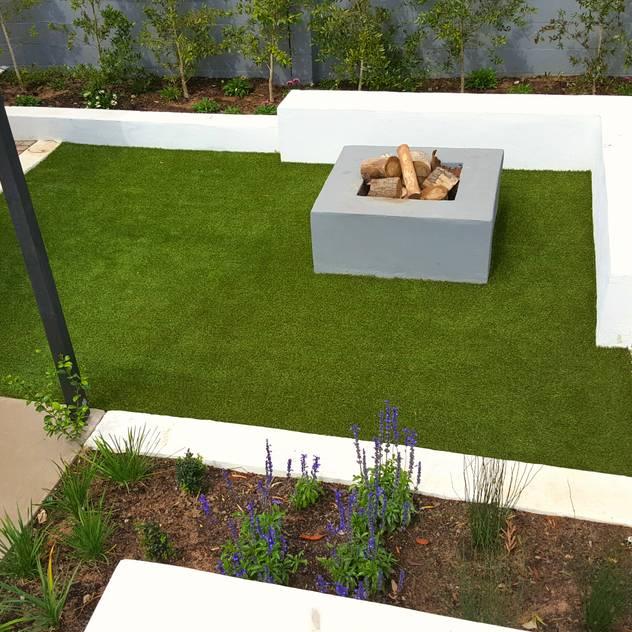 HOUSE 2 Greenacres Cape landscaping Minimalist style garden