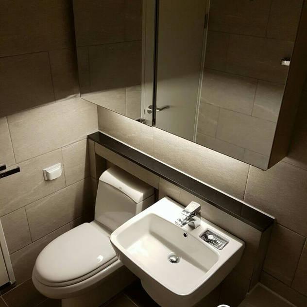 진산 래미안 44평: CHARM_HOUSE의 화장실