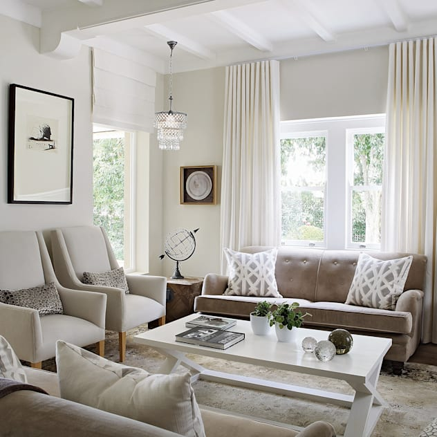 Formal sitting room Natalie Bulwer Interiors Living room