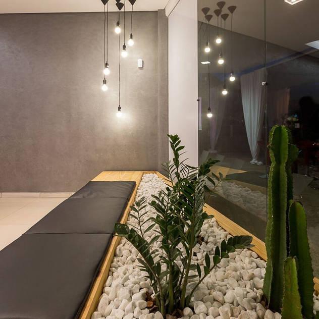 Loja Nexo - Vista da Espera: Espaços comerciais por Mímesis Arquitetura e Interiores