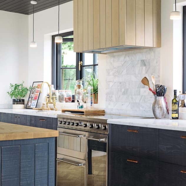 The Kent Kitchen by deVOL Nhà bếp phong cách mộc mạc bởi deVOL Kitchens Mộc mạc Gỗ Wood effect