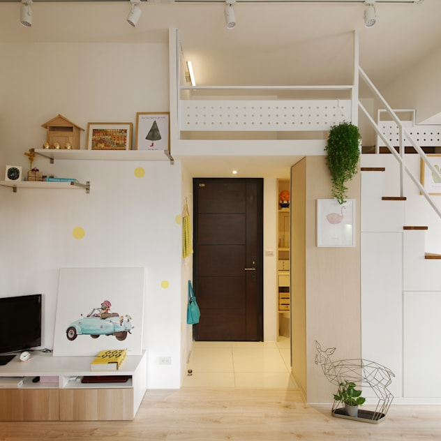 Corridor, hallway by 一葉藍朵設計家飾所 A Lentil Design