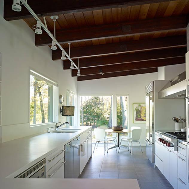 Kitchen by BILLINKOFF ARCHITECTURE PLLC
