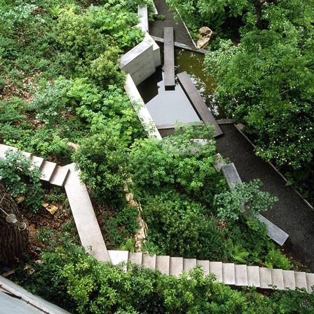 Vườn phong cách kinh điển bởi Paul Marie Creation Garden Design & Swimmingpools Kinh điển