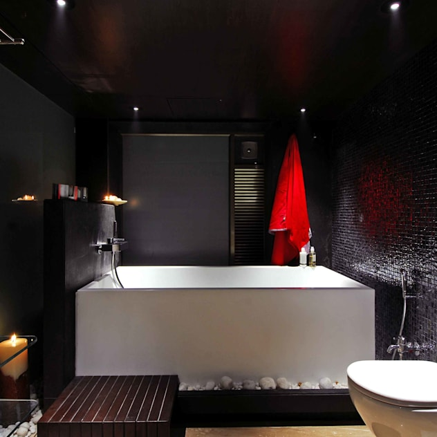 Bandra Residence: modern Bathroom by SM Studio