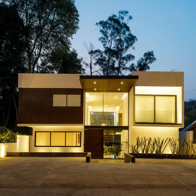 Comprar casa nueva vs casa a terceros