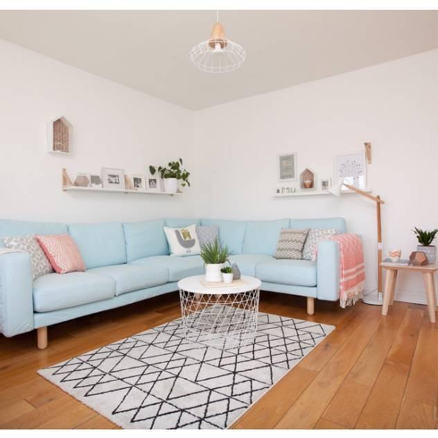 scandinavian Living room by THE FRESH INTERIOR COMPANY