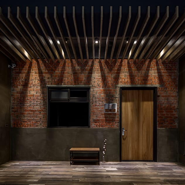 騎樓 漢玥室內設計 Wooden doors Solid Wood Brown