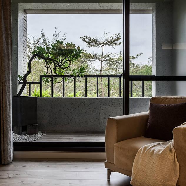 臥室 漢玥室內設計 Industrial style bedroom Metallic/Silver