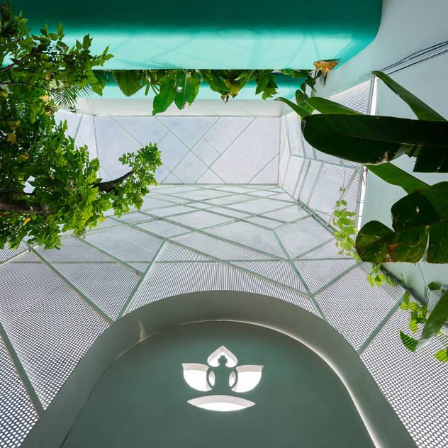 LESS house Vườn phong cách hiện đại bởi workshop.ha Hiện đại