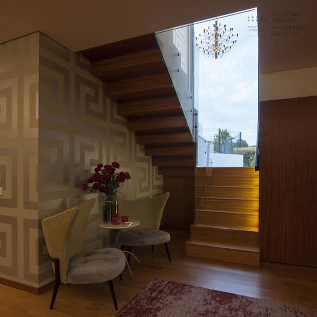 Escadas: Escadas por VON HAFF Interior Design
