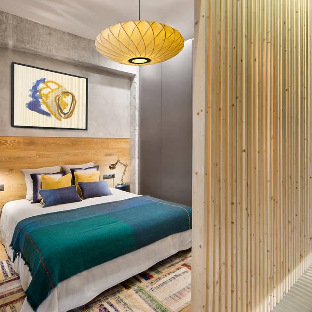 Phòng ngủ phong cách Bắc Âu bởi Egue y Seta Bắc Âu