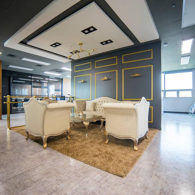 성남 사무실 인테리어: 제시카디자인그룹 의  회사
