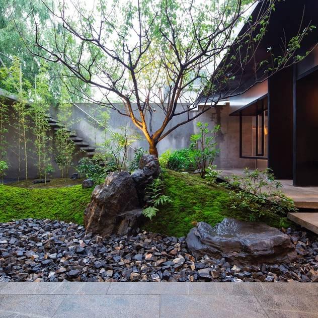 Vườn phong cách châu Á bởi Paul Marie Creation Garden Design & Swimmingpools Châu Á