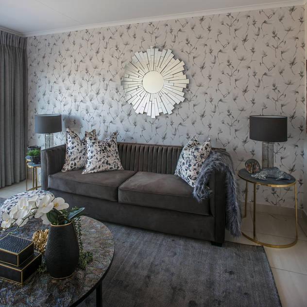 Johannesburg Show House - Low Budget Interior Spegash Interiors Modern living room