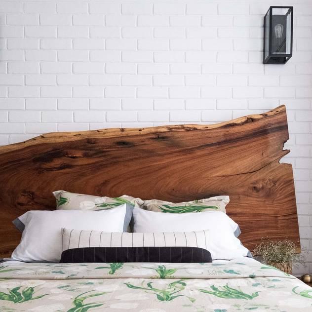 Bedroom Josmo Studio Rustic style bedroom