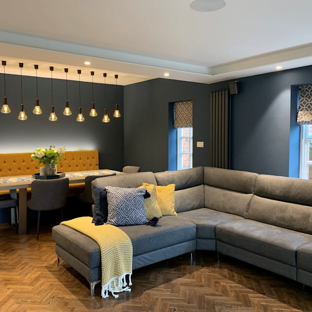 Mr & Mrs Tennant Modern living room by Diane Berry Kitchens Modern Engineered Wood Transparent