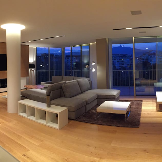 Foto interior de salon comedor: Salones de estilo  de GARLIC arquitectos, Moderno