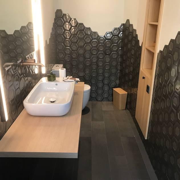 Detalle de baño: Baños de estilo  de GARLIC arquitectos, Moderno