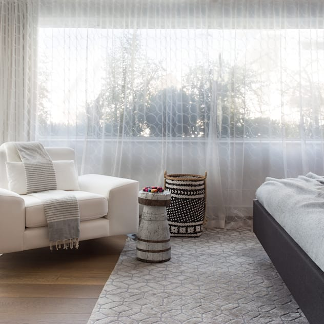 Atlantic Views - Main Bedroom Jenny Mills Architects Modern style bedroom