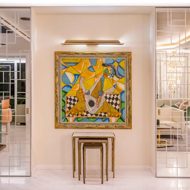 Luxurious Entryway Design Modern corridor, hallway & stairs by Design Intervention Modern