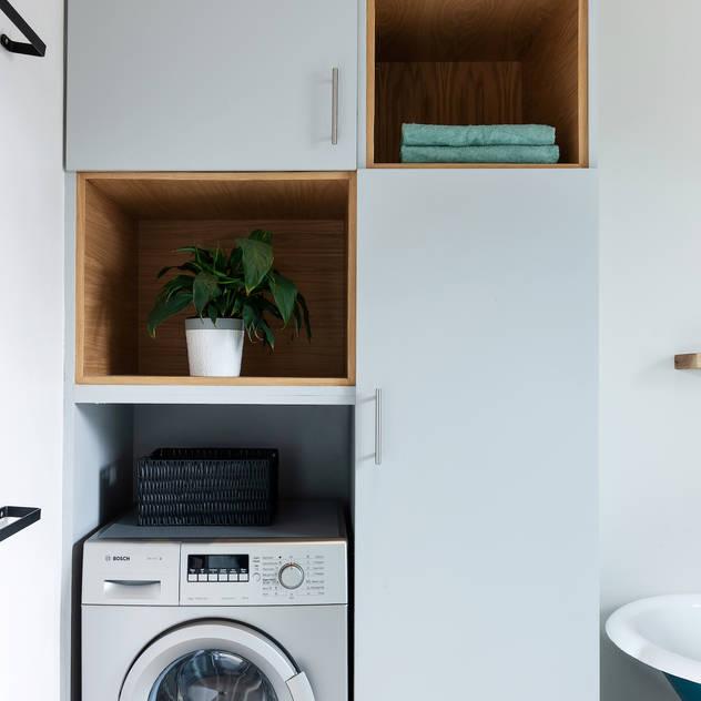 Rescue + Refurb Solving Spaces Rustic style bathroom