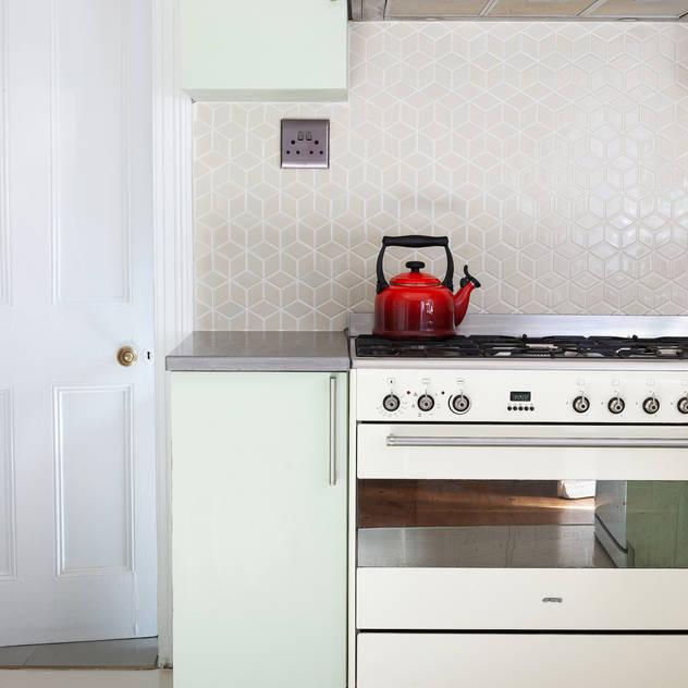 Rescue + Refurb Solving Spaces Kitchen