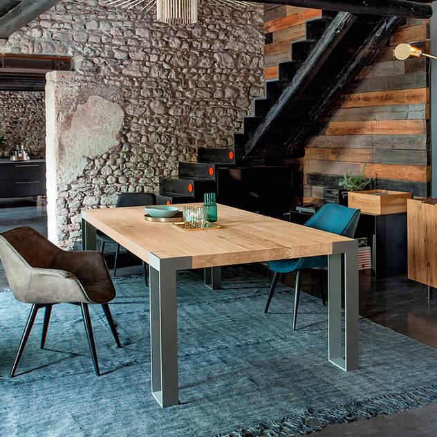 Tanno Arredamenti Rustic style dining room