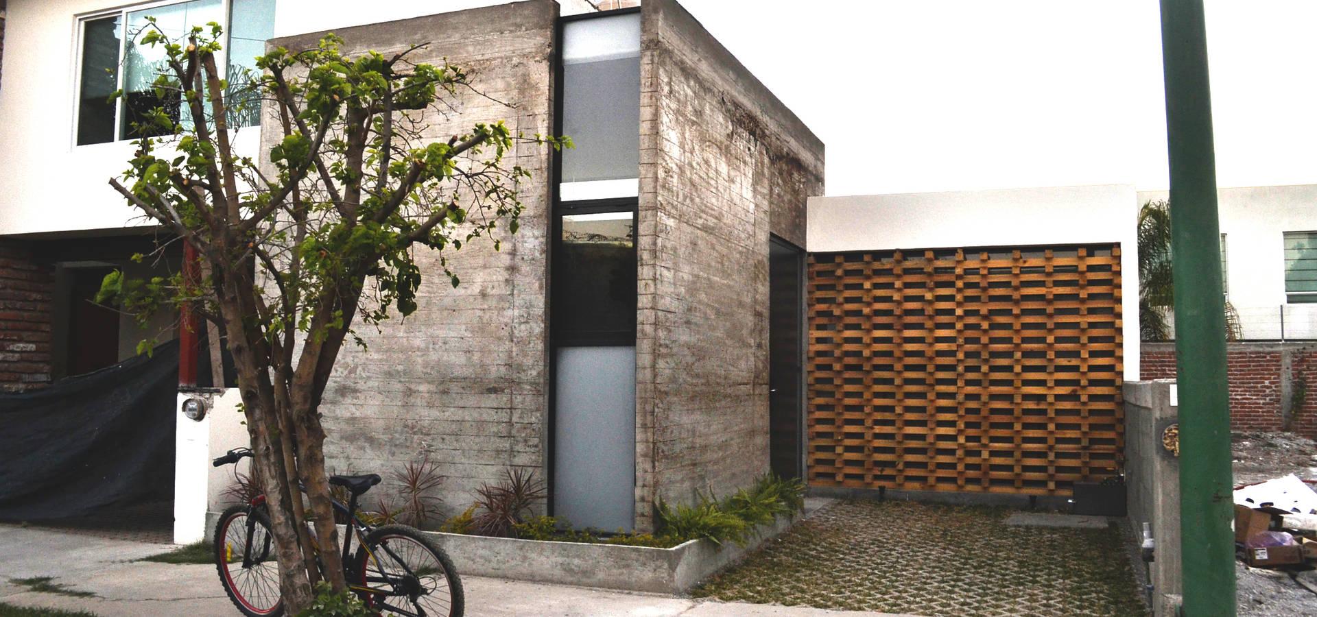Casa vg de cubo rojo arquitectura homify - Arquitectos en leon ...