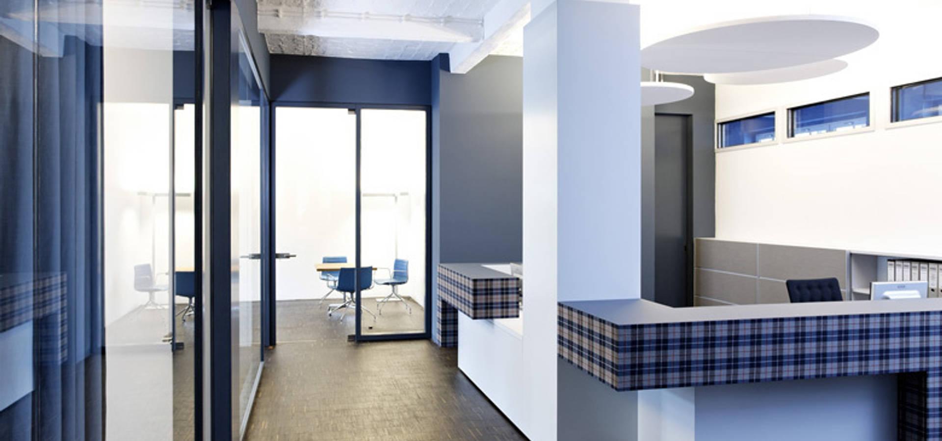 rpu dachgeschoss umbau konferenzr ume por a base i b ro f r architektur homify. Black Bedroom Furniture Sets. Home Design Ideas