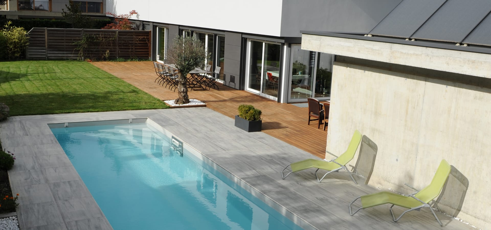 Piscines contemporaines por piscinelle homify for Piscines contemporaines