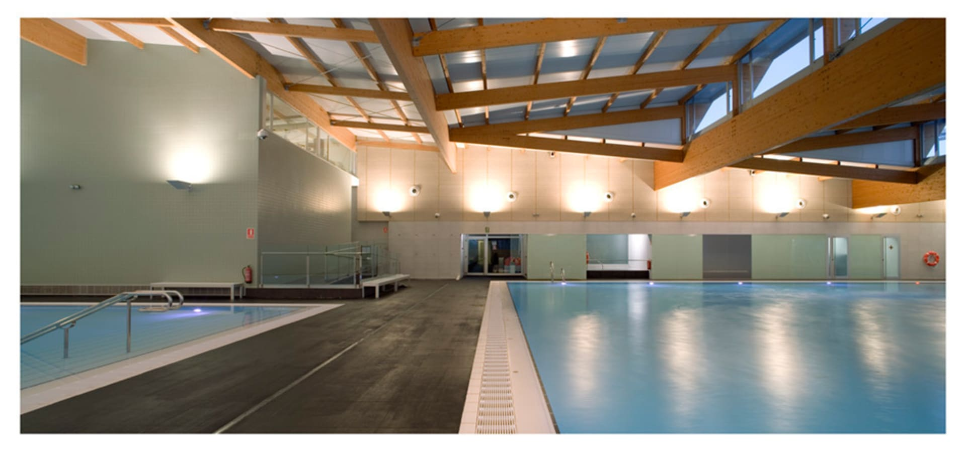 Centro deportivo ekke de pallej le n arquitectes slp homify for Gimnasio 704 h arquitectes
