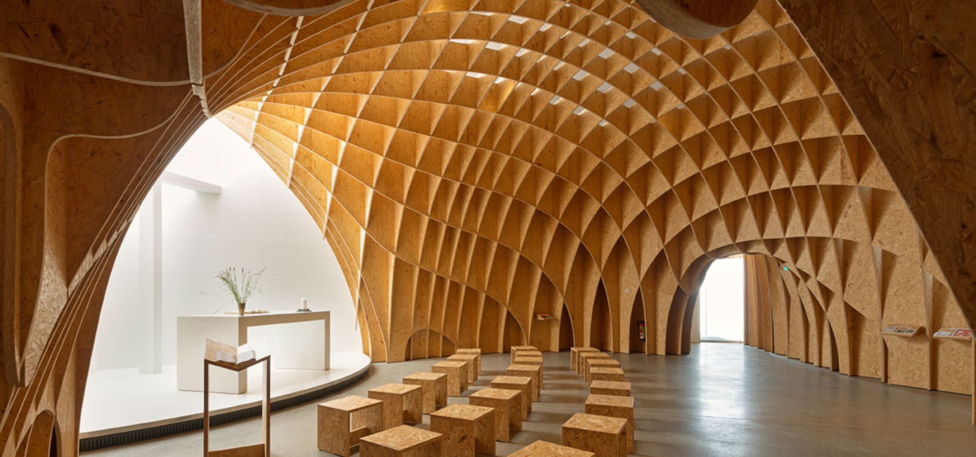 autobahnkirche siegerland von schneider schumacher planungsgesellschaft mbh homify. Black Bedroom Furniture Sets. Home Design Ideas