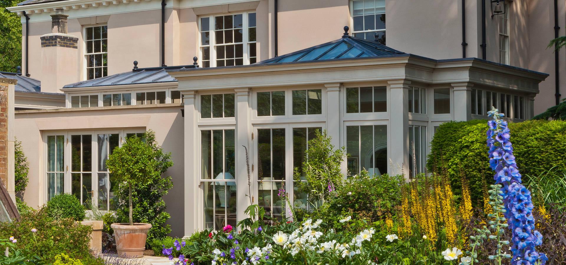 orangery with bi fold doors profesjonalista vale garden. Black Bedroom Furniture Sets. Home Design Ideas