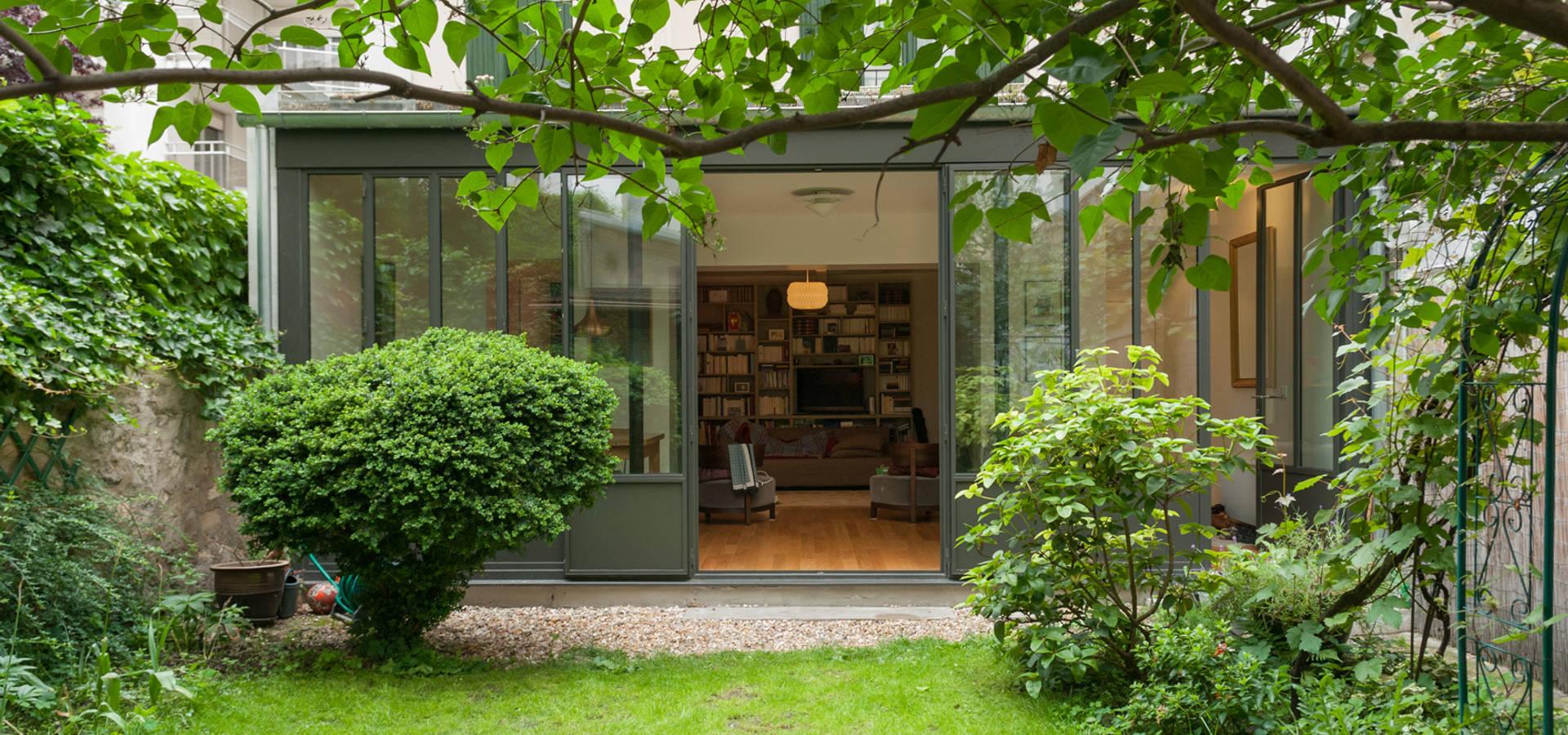 Extension d 39 une maison parisienne par emmanuel cros architecture homify - Maison parisienne ...