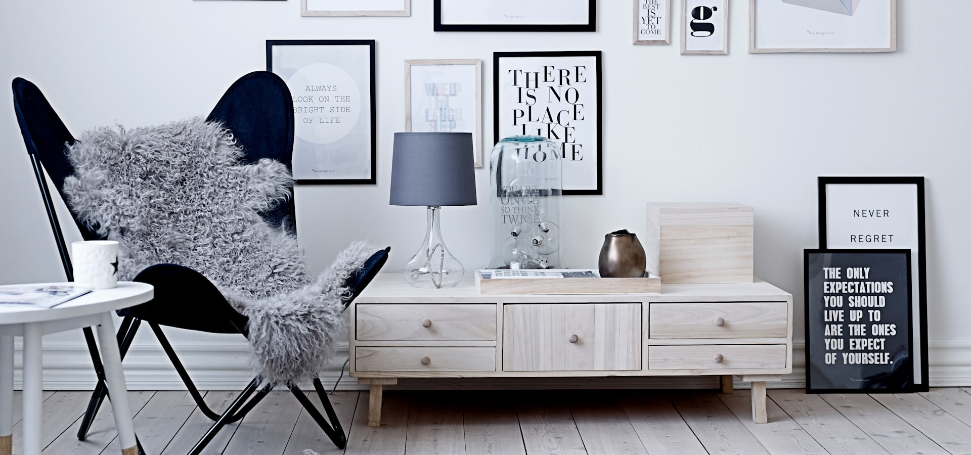 house envy mobili accessori a llantwit major homify. Black Bedroom Furniture Sets. Home Design Ideas