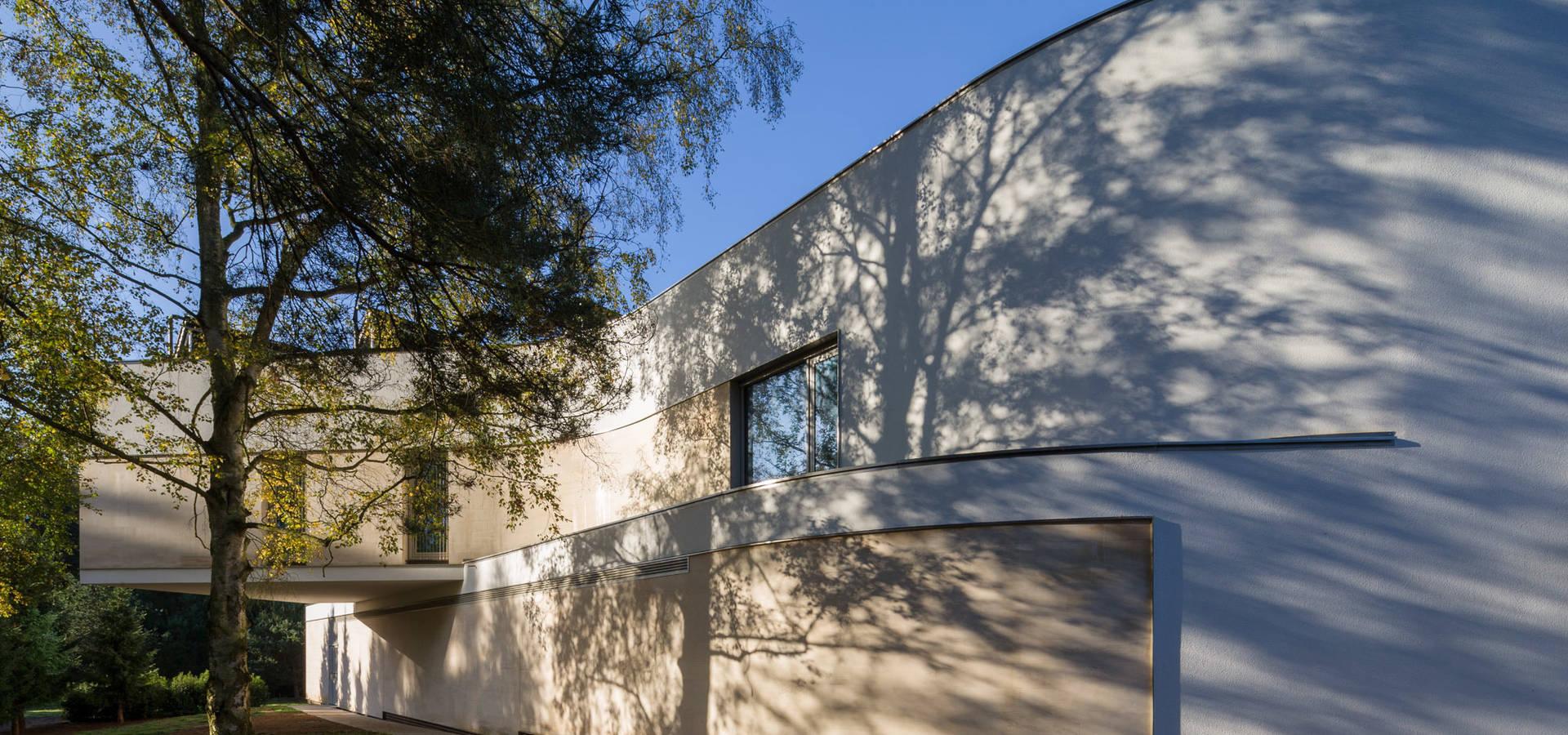 Adrian James Architects