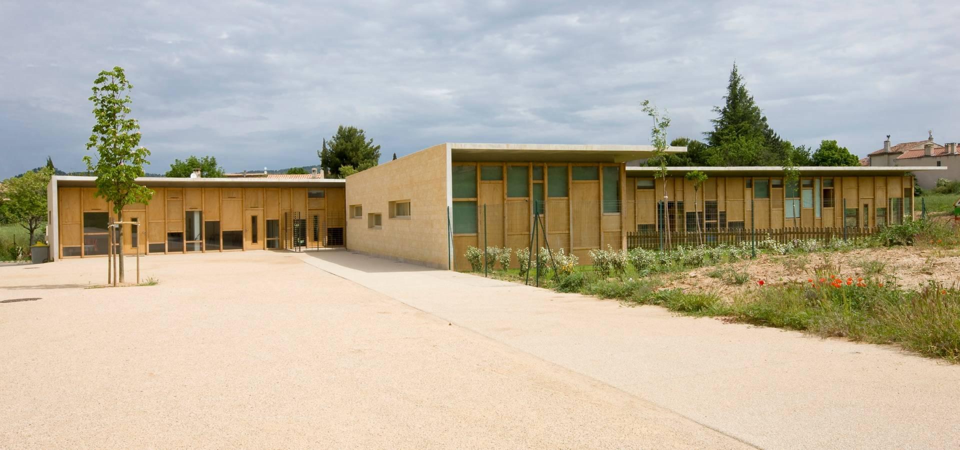 Maison de l 39 enfance hqe peyrolles en provence by adrien champsaur architecture homify - Adrien champsaur ...