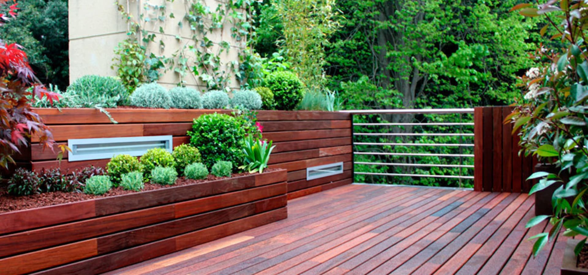 La habitaci n verde terraza peque a en madrid dise o for Diseno de jardines madrid