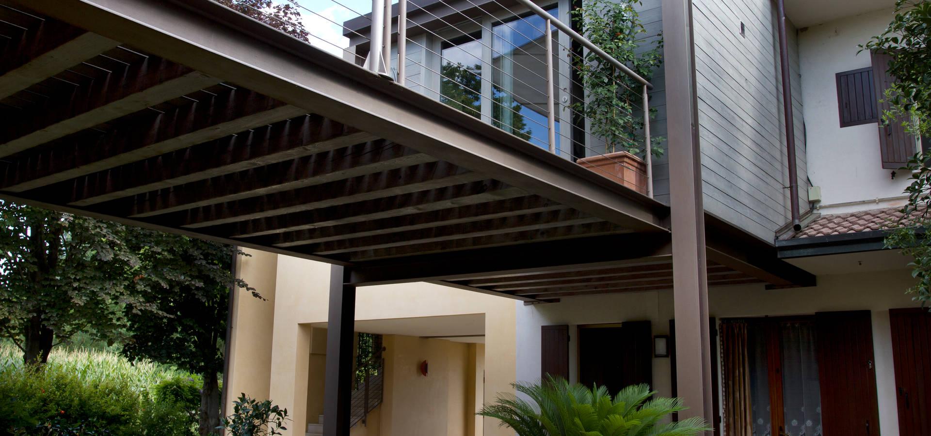 Ampliamento di costruzione di civile abitazione for Kit di costruzione portico
