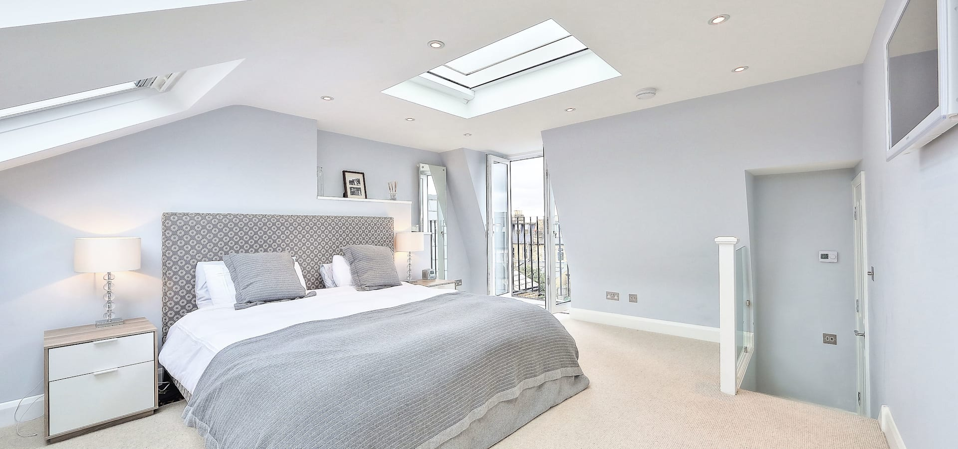 kitchen side return extension balham with flat roof and sky lights ...