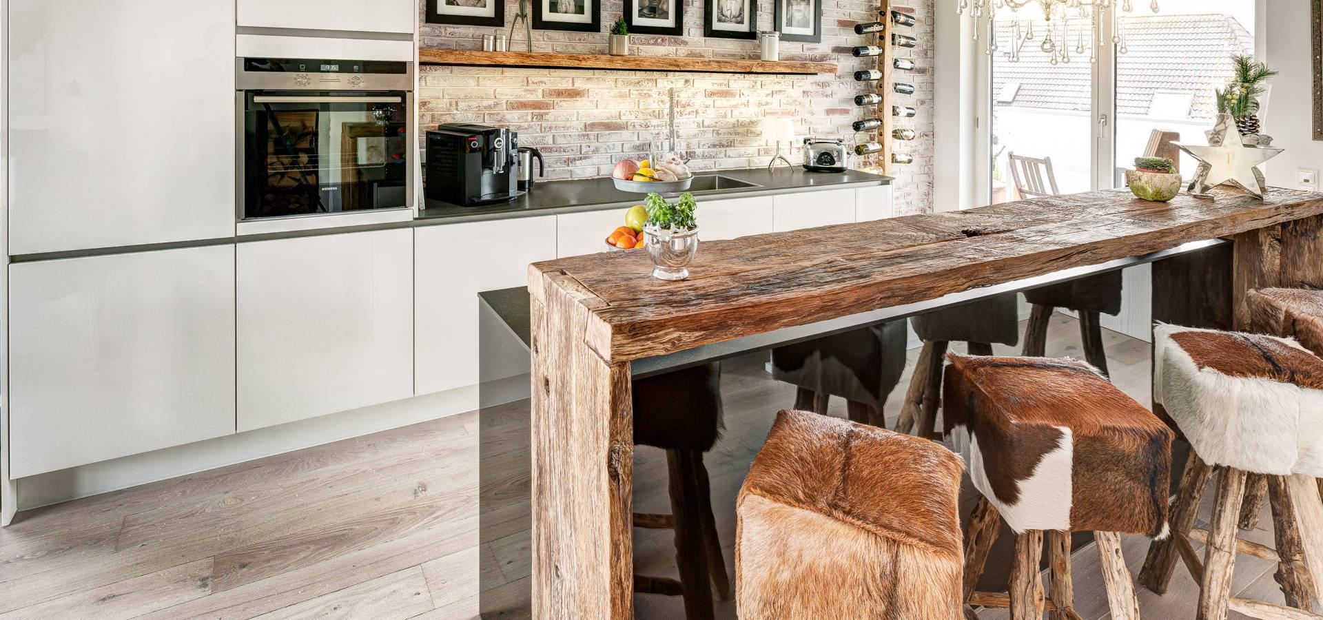 ZABOROWSKI ** Kreativer Innenausbau: Küche Modern und Altholztheke ... | {Küche modern 8}
