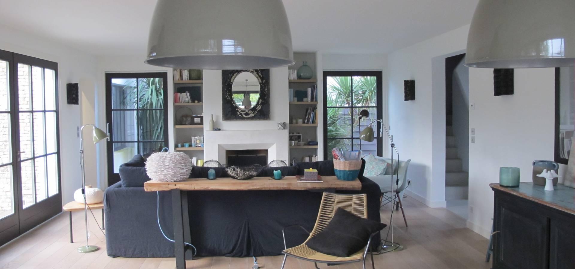 une maison de 220 m2 l 39 le de r par raphaelle levet decoration homify. Black Bedroom Furniture Sets. Home Design Ideas