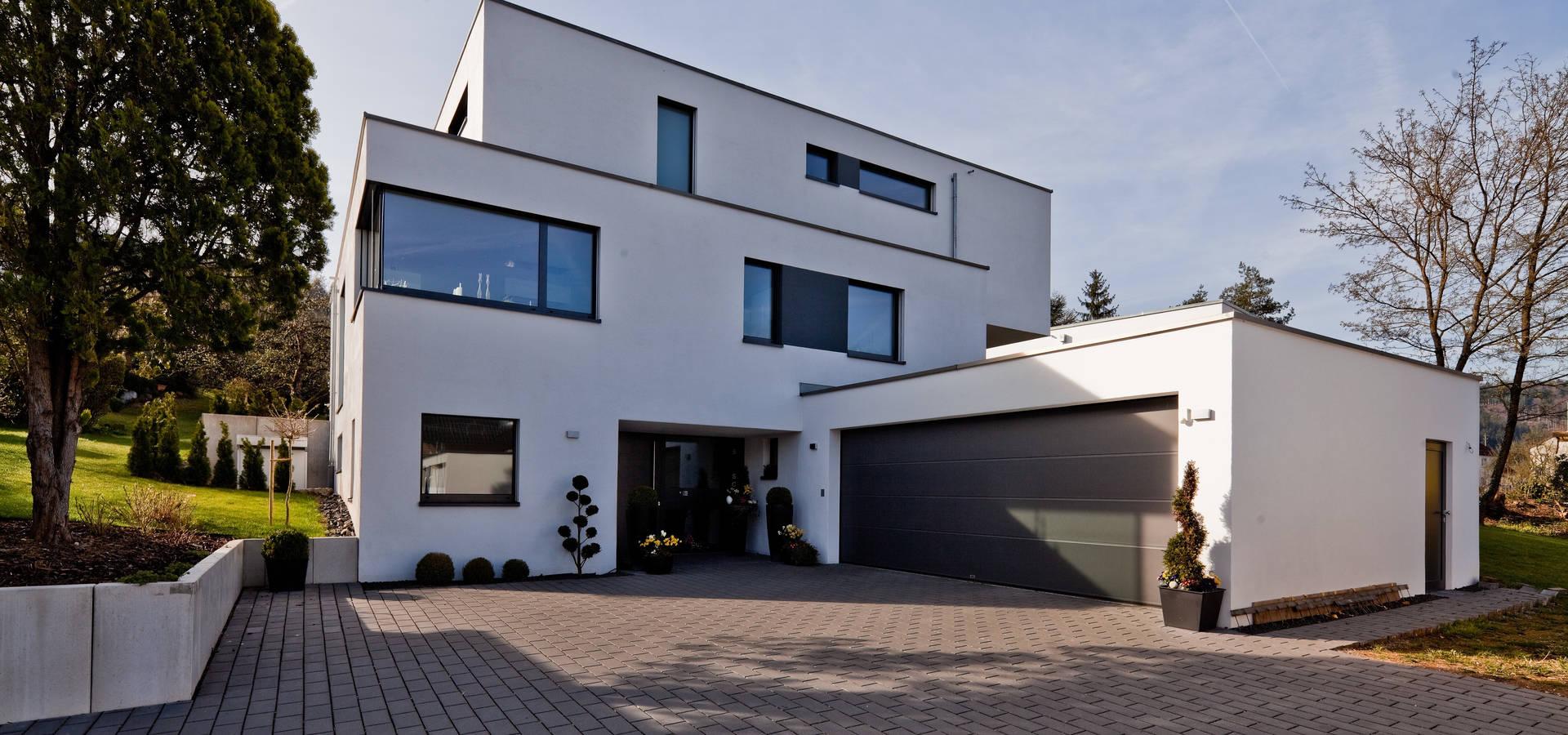 Doppelgarage  brügel_eickholt architekten gmbh: Neubau Einfamilienhaus mit ...