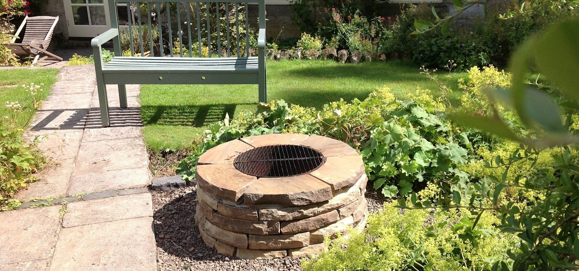 12m Rustic Sandstone Firepit By Lithic Fire