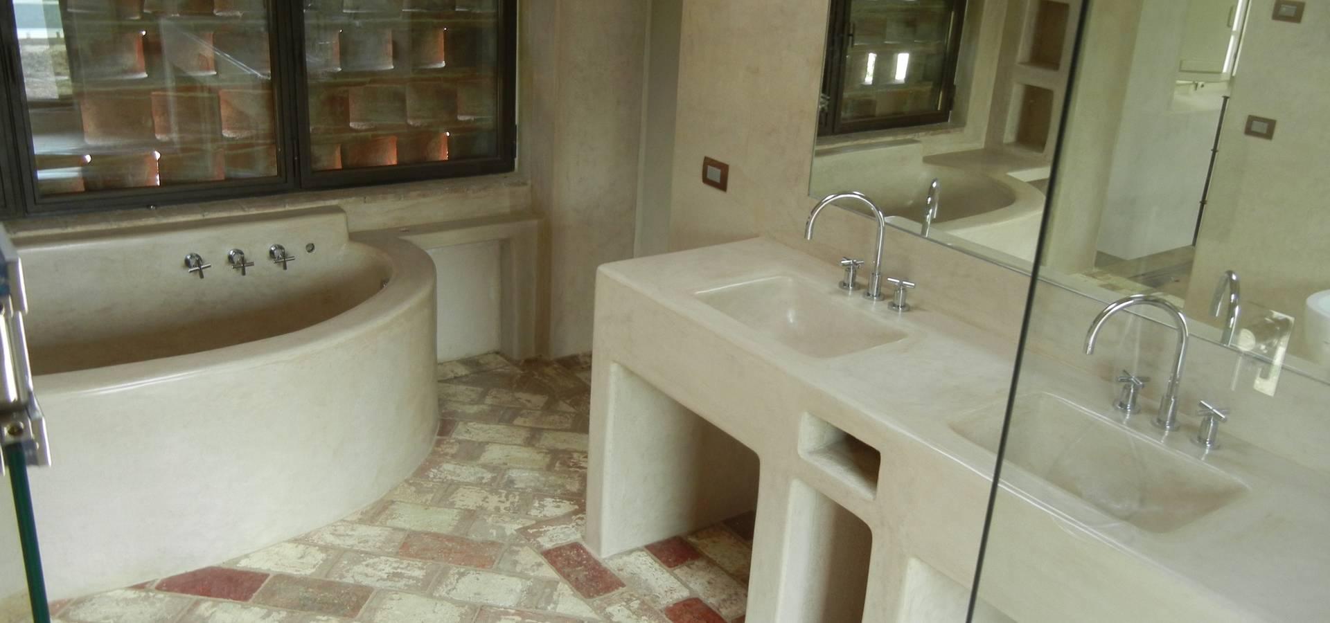 Tadelakt di Marrakech-Sala da bagno color tortora di Tadelakt keloe ...