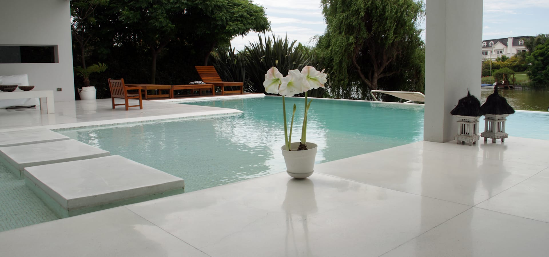Piscina nocturnas by parquearte piscinas como iconos de - Diseno de piscinas ...