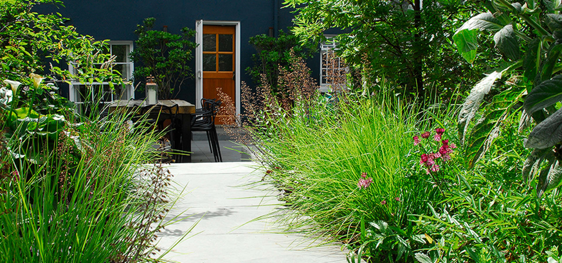 Contemporary Garden Design By London Based Garden Designer